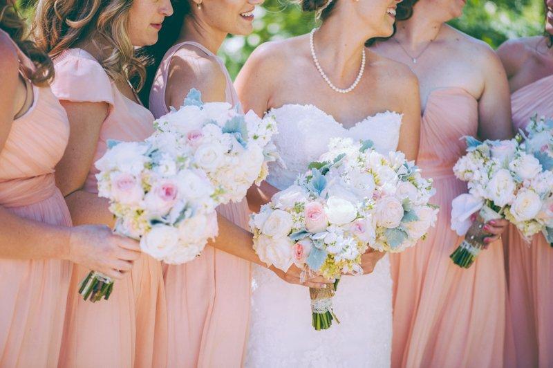 creative-bridal-party-photo