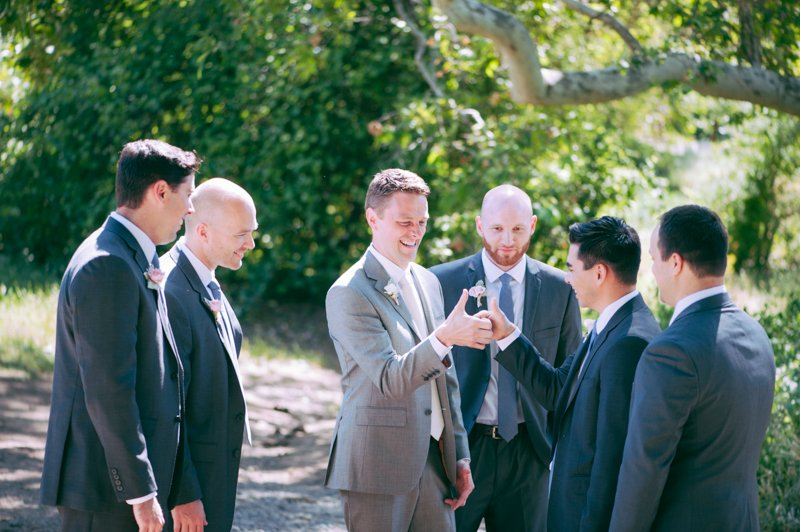 candid-photo-of-groomesmen
