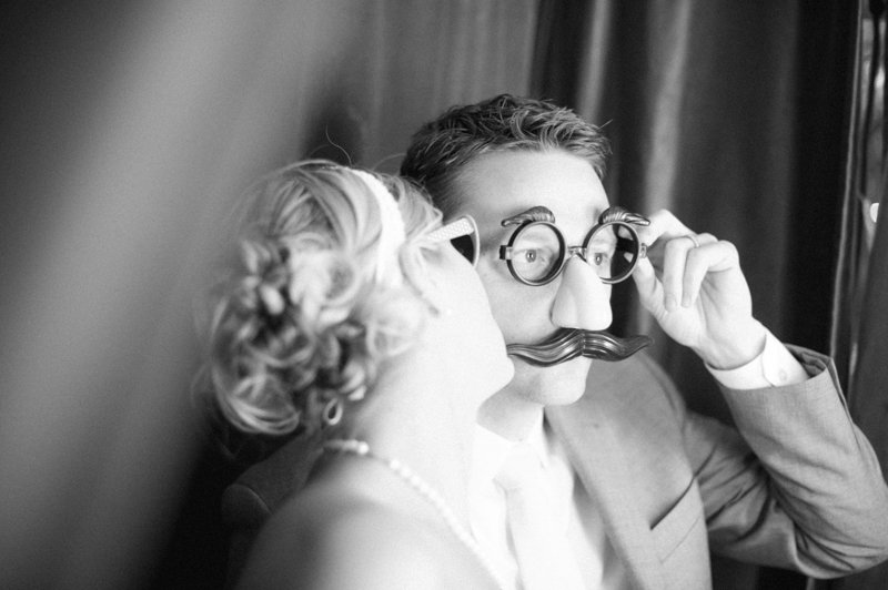bride-and-groom-in-photobooth