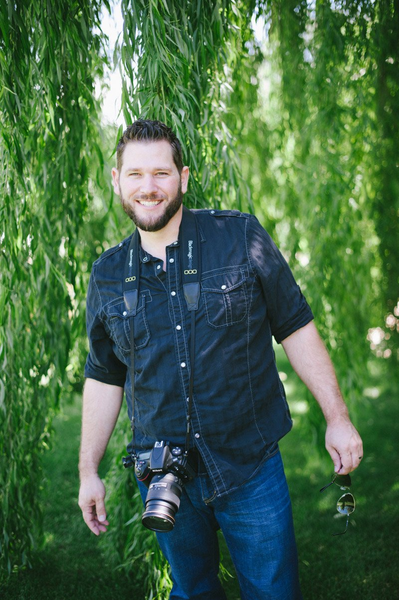 Behind the scenes of wedding photographer Shannon Rosan