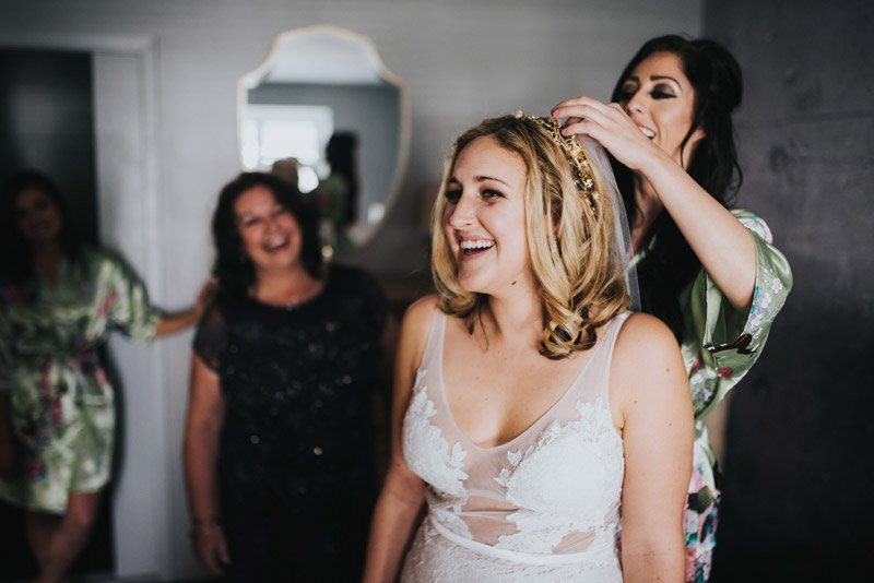 Bride getting ready at Pier 2620 Hotel