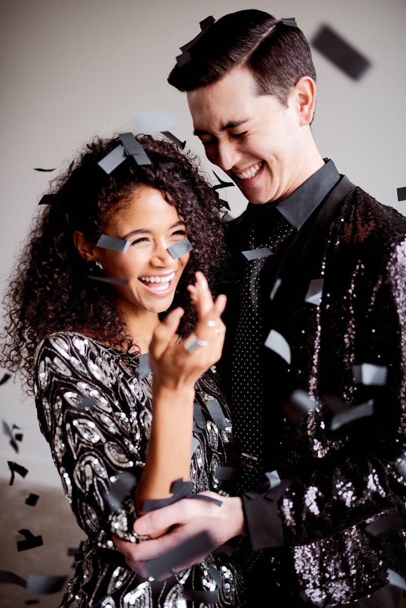 confetti wedding pictures | confetti elopement | non traditional wedding